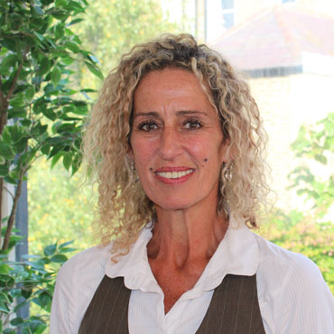 Jenni Dauth